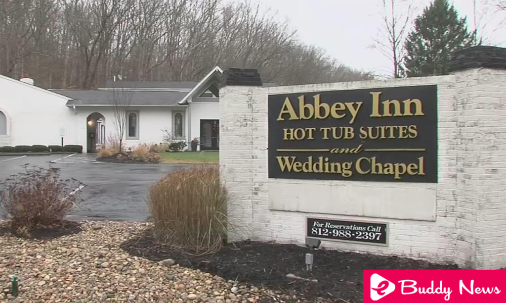 Hotel In Indiana Charges $ 350 After She Gave Negative Review ebuddynews
