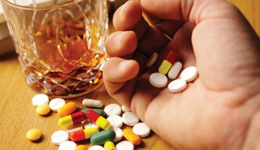 Antidepressants and alcohol - eBuddy News